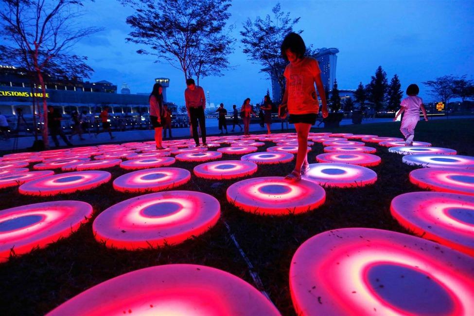 i-Light-Marina-Bay-2014-festival-in-Singapore