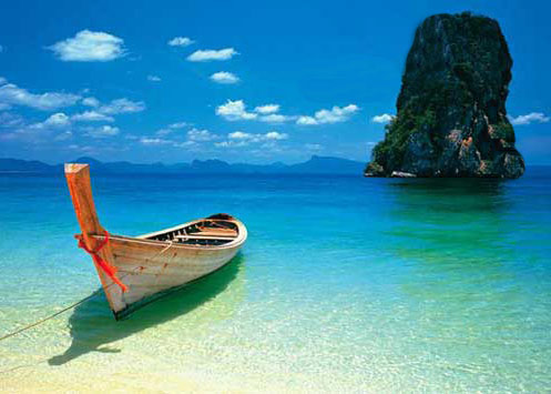 longtail-boat-on-beach-krabi-phuket-thailand