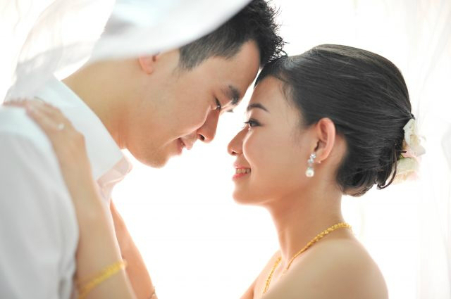 Hong Kong and Singapore wedding boom