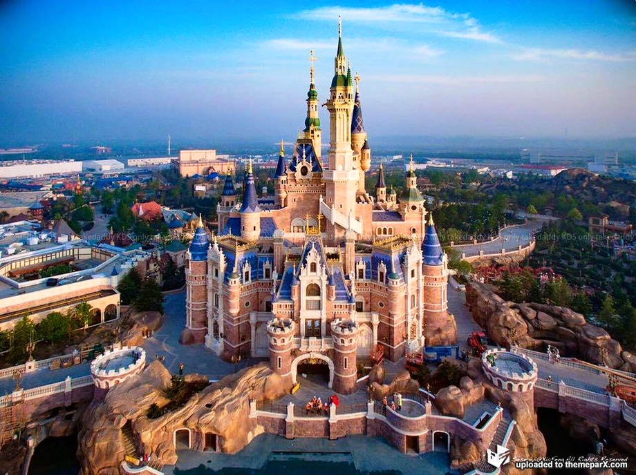 Enchanted_Storybook_Castle_Shanghai